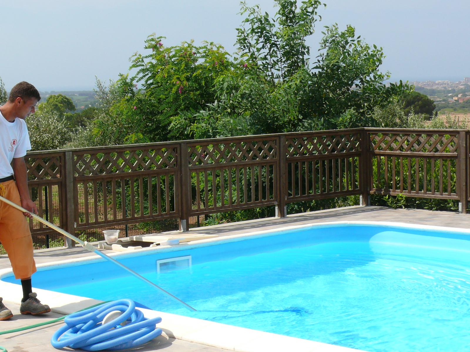 Pool color finitura impermeabilizzante per piscine for Piscine pool