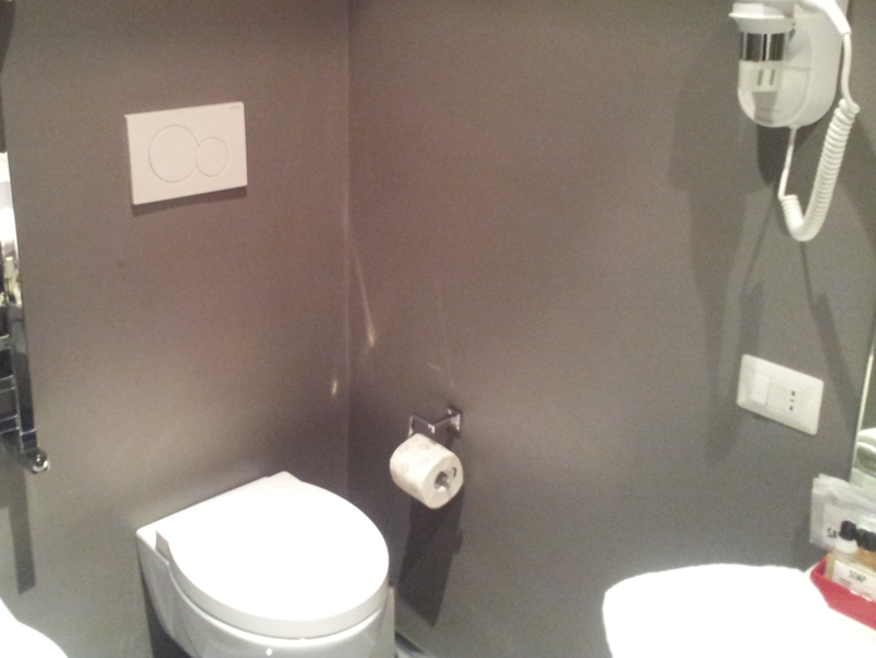 Smalto lucido per pareti for Smalto per vasche da bagno